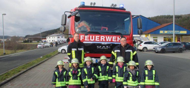 Brandschutzerziehungsteam besucht Vorschulkinder